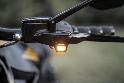 "Harley-Davidson V-rod 06-17 ""Turbo"" Led Turn Signals DOT and E-Approved"