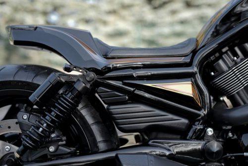 Harley-Davidson V-Rod Billet Turn Signal Bracket