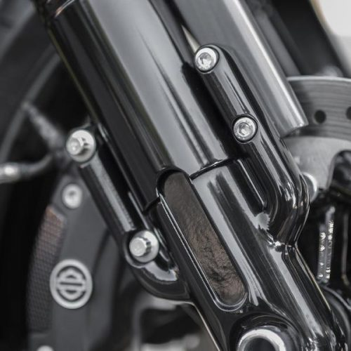 HARLEY-DAVIDSON V-ROD NIGHT ROD SPECIAL AND V-ROD MUSCLE LOWER TRIPLE COVERS