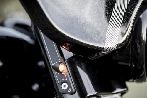 """Harley-Davidson Touring 94-19 """"Frame"""" Front LED Turn Signals DOT and E-Approved"""
